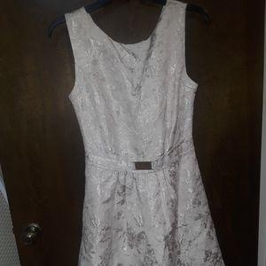 Jennifer Lopez brocade sleeveless dress